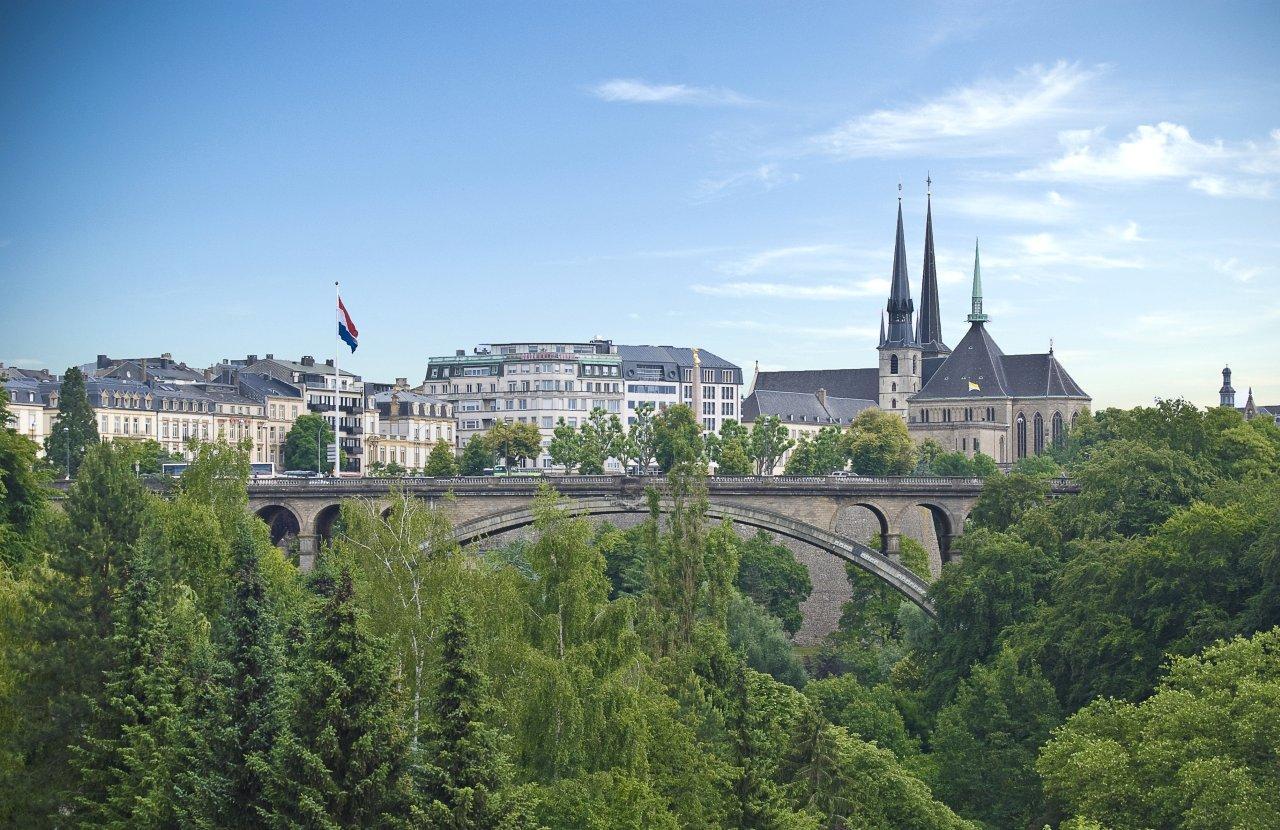 Luxembourg la carte 1 jour develop travel belgium for Piscine de luxembourg
